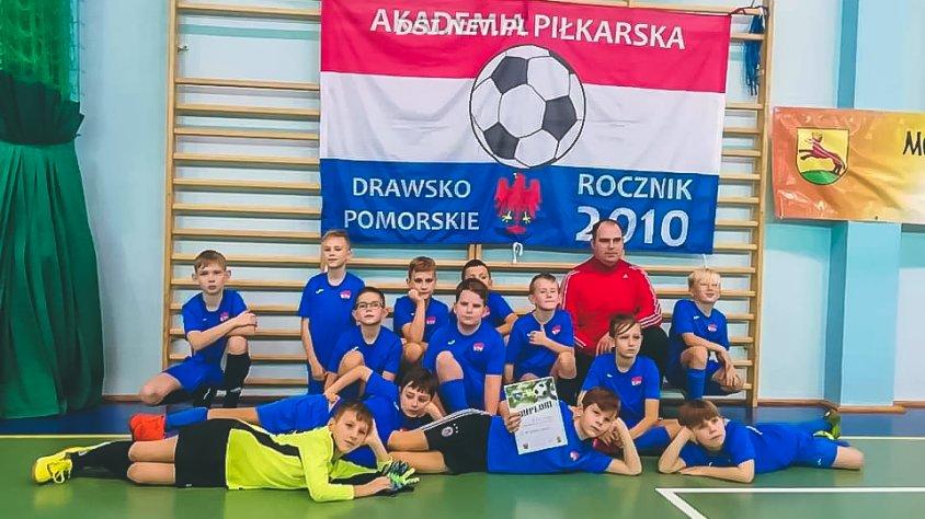 Młodzi piłkarze zagrali w turnieju w Łobzie