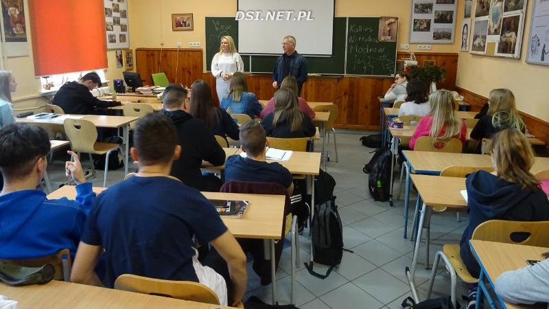 Pamięć o prawdzie - lekcja historii w kaliskim Liceum