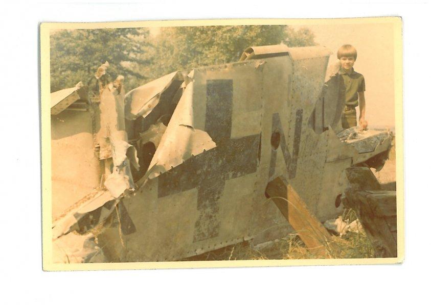 Znaleziono niewybuch - niemiecki granatnik przeciwpancerny Panzerfaust