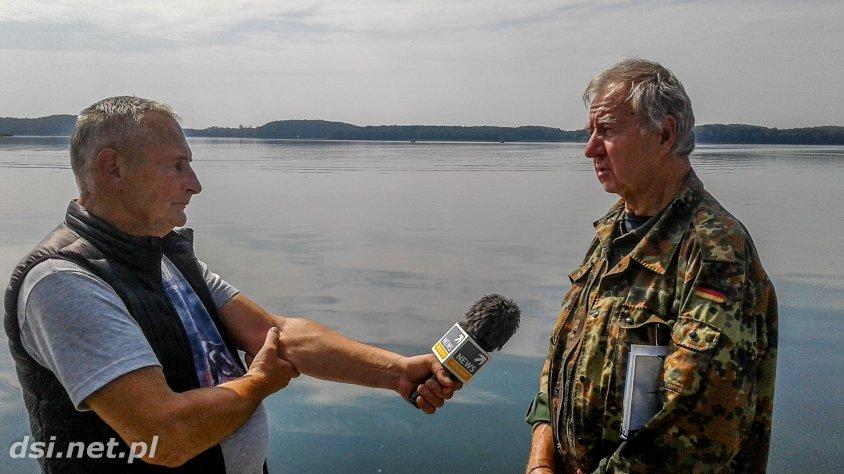 Szukali łodzi podwodnej i samolotu, a znaleźli dłubankę