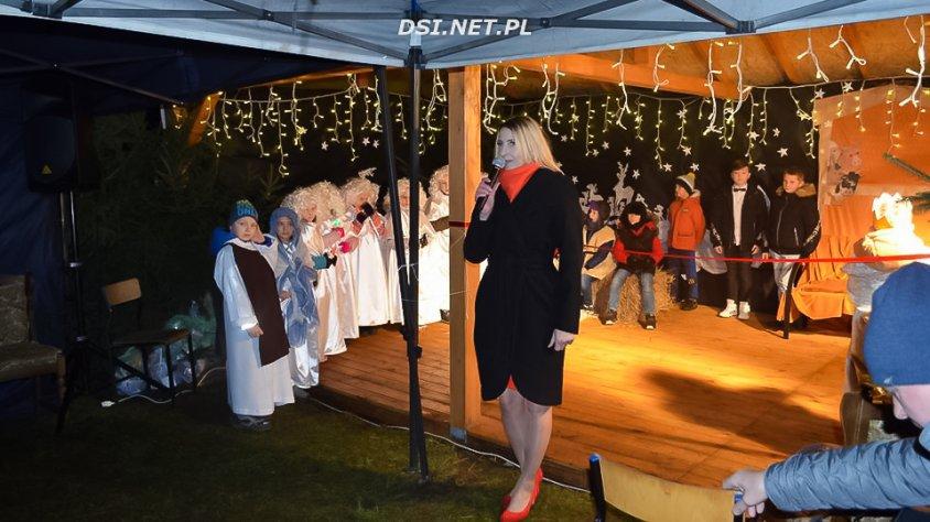Podwórko naszych marzeń – było uroczyste i świąteczne otwarcie