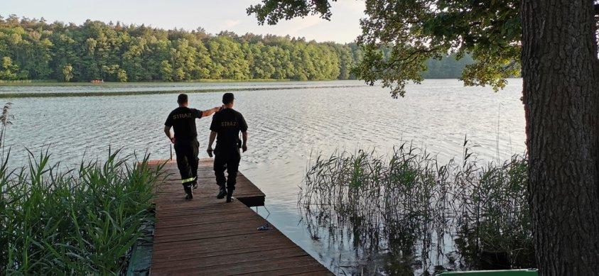 Szukali ofiar na jeziorze. Finał był szczęśliwy