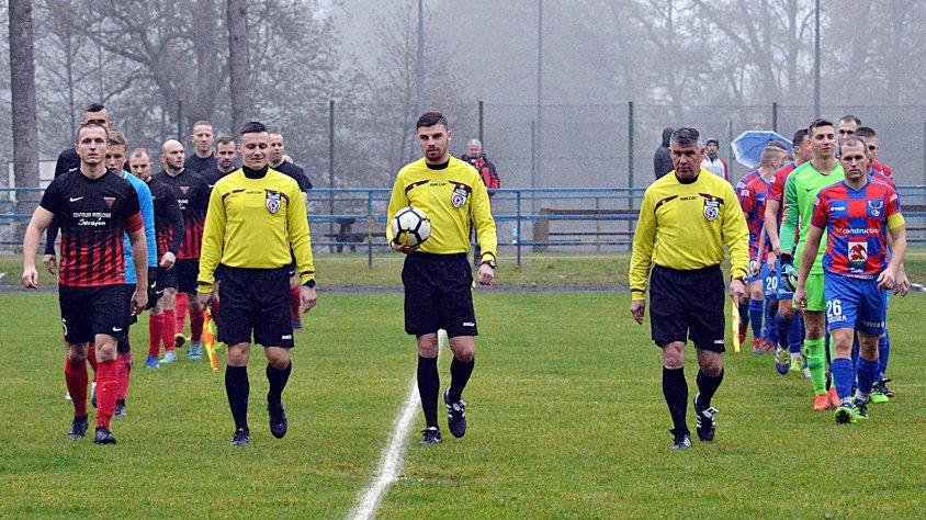 Posypały się bramki w meczu Calisia Kalisz Pomorski – Ikar Krosio.