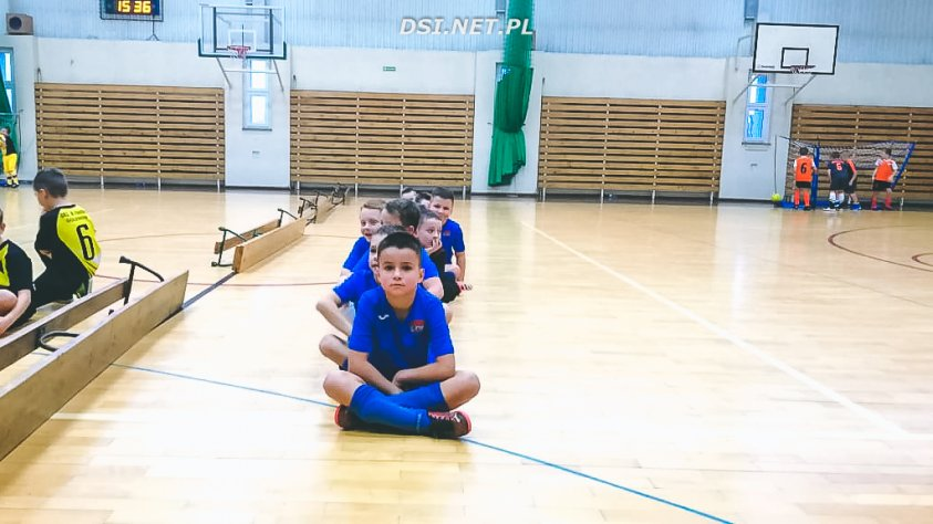 Młodzi piłkarze super zagrali podczas turnieju w Nowogardzie.