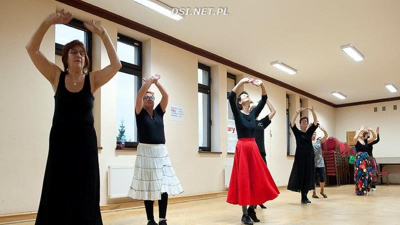 Tanecznym krokiem w cztery pory roku