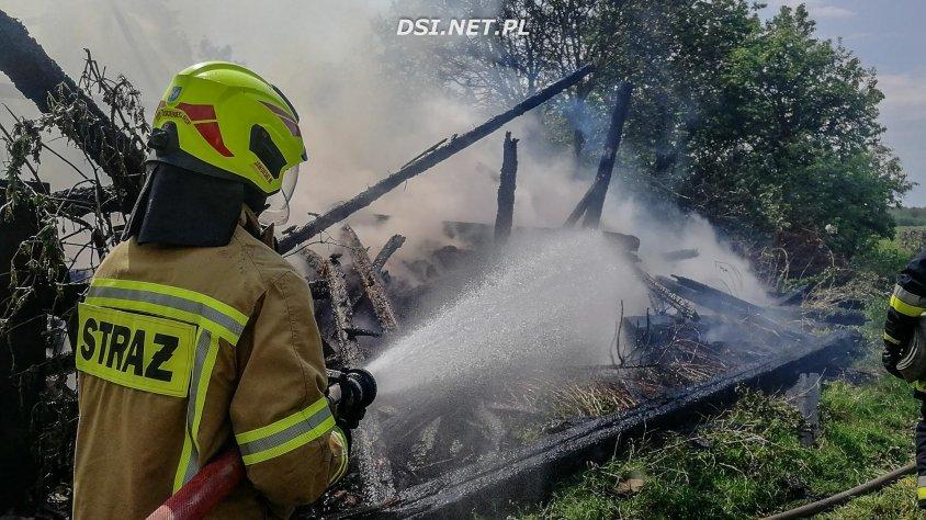 Przez burzę spłonęła stodoła – doszczętnie