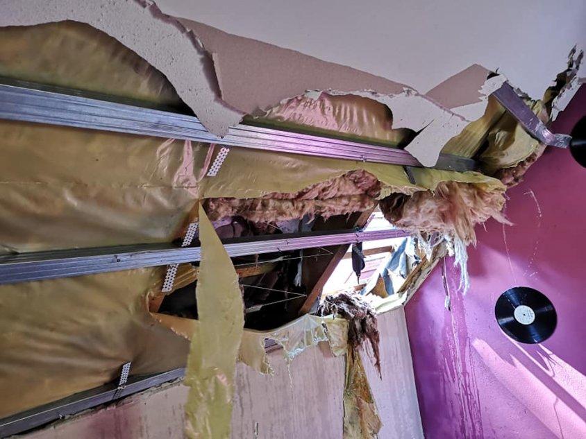 Na Drawskiej spaliło się mieszkanie. Strażacy walczyli o kolejne domy