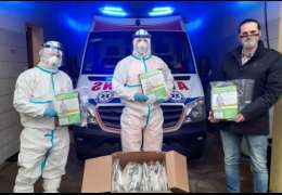 Burmistrz Czaplinka przekazał pakiety ochronne dla ratowników