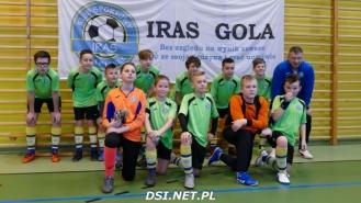Drugie miejsce młodzików UKS Iras na turnieju w Sławnie.