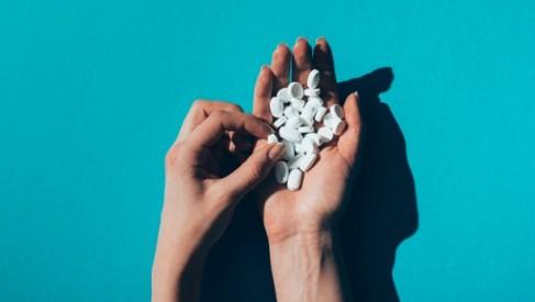 Benzydamina - stosowanie, dawkowanie