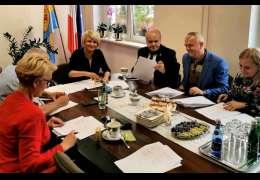 Ma być Dom Seniora w Mielenku Drawskim – podpisano porozumienie