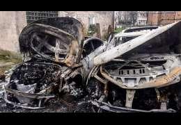 Dwa auta spłonęły ubiegłej nocy