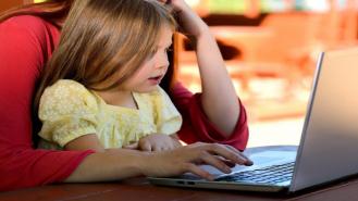 Można dostać komputer dla dziecka z drawskiego urzędu. Ruszył nabór wniosków