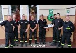 10 defibrylatorów AED już działa w Kaliszu Pomorskim. Strażacy zrealizowali projekt budżetu obywatelskiego