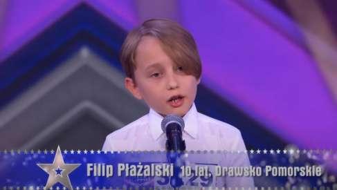 Filipa Płażalskiego ponownie zobaczymy w telewizji. Dotarliśmy również do nagrania, które było zgłoszeniem chłopca do Mam Talent