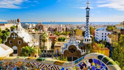 Barcelona - niezwykłe miasto na niezwykłe wakacje