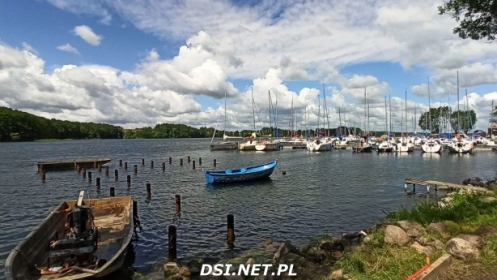 Nowy pomost widokowy – czy powinny cumować tam łódki wędkarzy ?