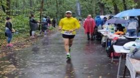 Karol Biegnie 100 km.  Mistrzostwa Polski PZLA w biegu na 100 km.