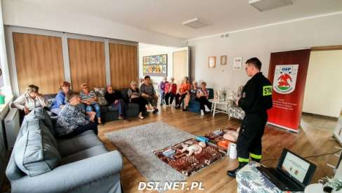 Pierwsze AED w Kaliszu Pomorskim już działają. Były też szkolenia