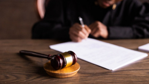 Ile kosztuje wynajęcie prawnika w Poznaniu?