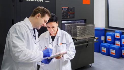 Maszyny myjące i chemia przemysłowa – fundament wydajnego procesu produkcji