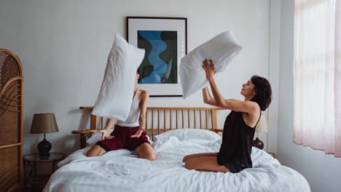 Jak dobrać materac do łóżka w sypialni?