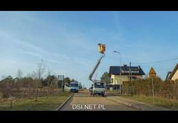 Trwa wymiana oświetlenia drogowego na ul. Siemiradzkiego w Drawsku Pomorskim