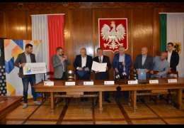 Powiat drawski, szczecinecki, Szczecinek i SZLOT będą współpracować. Właśnie podpisano porozumienie w zakresie promocji