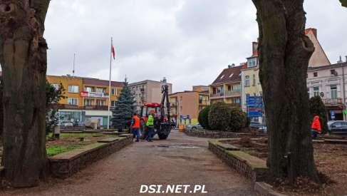 Rozpoczęły się zmiany na Placu Konstytucji w Drawsku - zdjęcia