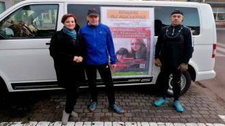 Właśnie biegną dla chorych dziewczyn z Drawska Pomorskiego do Barwic
