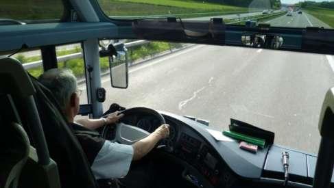 Prawo jazdy na autobus za darmo i praca w PKS Złocieniec - zobacz jak to możliwe