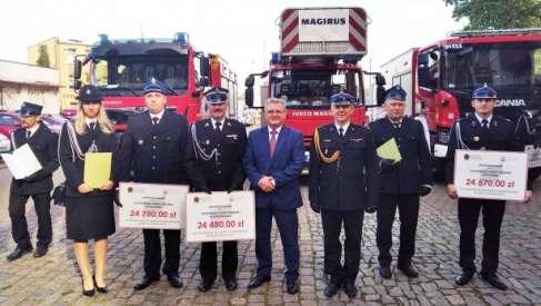 Nowy sprzęt dla strażaków z Zagozdu, Rydzewa i Ostrowic. Samochód trafi do OSP z Nowego Worowa